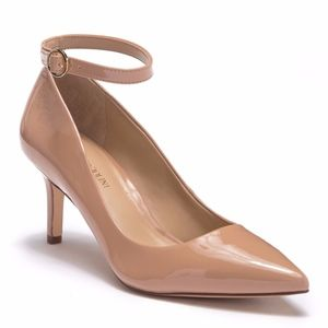 NIB-Ankle Strap Pointed Toe Pump